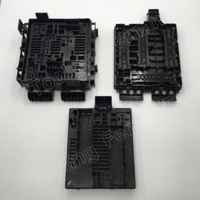 electronics-plastic-innjection-molding-pick-charger-connector.jpg